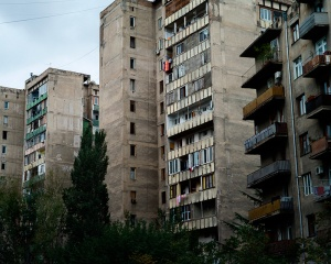 Wohnhäuser-Vake-Distrikt-Tiflis_L1005972